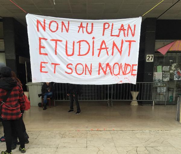Fac de Lettres de Nancy : 1000 personnes en AG, blocage et soutien contre la répression